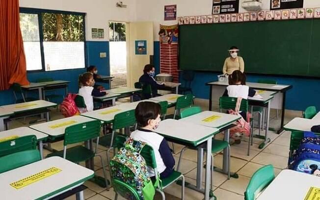 Volta às aulas: ocupação na rede municipal deve ficar em 50%