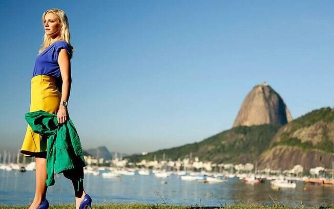 Fernanda Colombo em ensaio para a Copa do Mundo. Foto: Divulgação