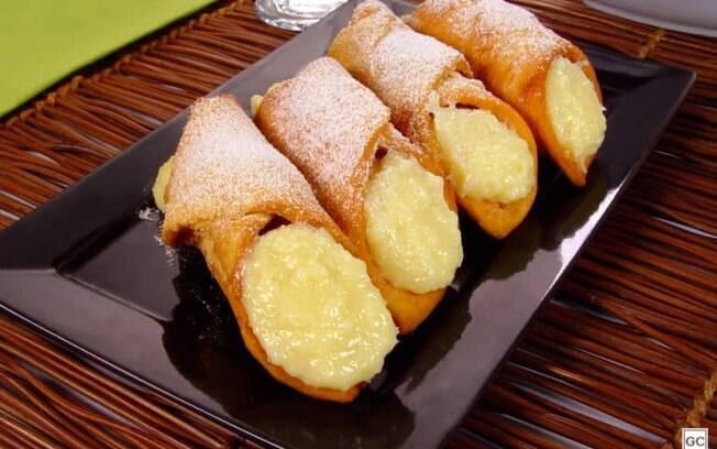 Cannoli de cocada: aprenda a fazer uma versão diferente do doce italiano