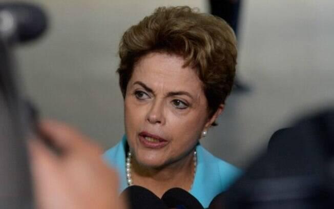 Oposição lança site pelo impeachment de Dilma