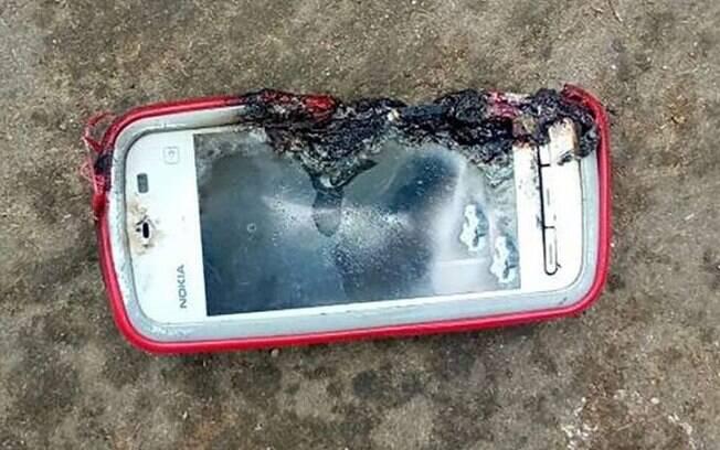 Após o celular explodir, a HMD Global, responsável pela produção do dispositivo, negou fabricação do aparelho da Nokia