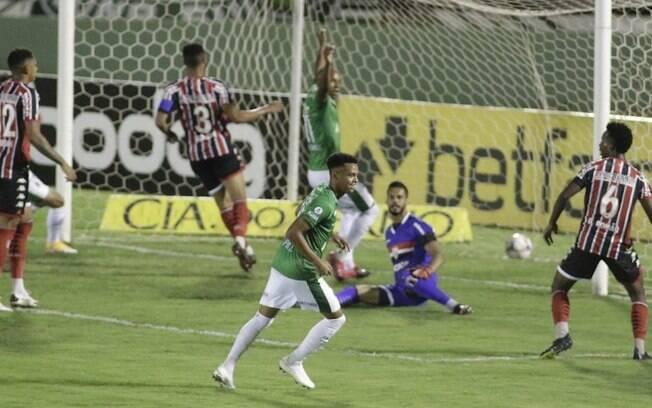 Guarani encara a Chape em busca de mais uma vitória