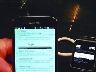 Velocidade. Aplicativo Spritz já está no Galaxy S5 e no relógio inteligente Galaxy Gear 2, ambos da Samsung