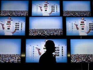 TVs com reconhecimento de voz e gestos chegam em breve ao País
