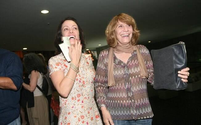 Bel Kutner e Renata Sorrah também foram assistir ao espetáculo