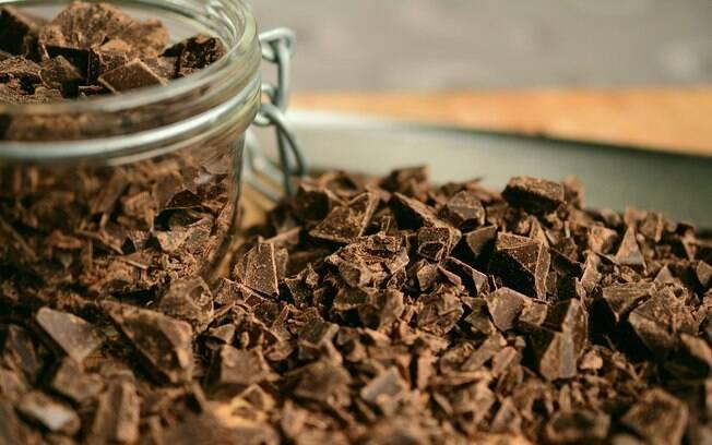 Plantações de cacau, que são essenciais para a produção do chocolate, sofrem as consequências do aquecimento global