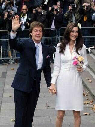 Paul McCartney e Nancy Shevell se casam em Londres