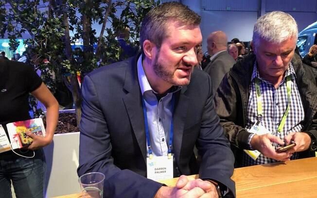 Darren Palmer, diretor da divisão de veículos elétricos da Ford na CES 2019, que também mostra veículos autônomos