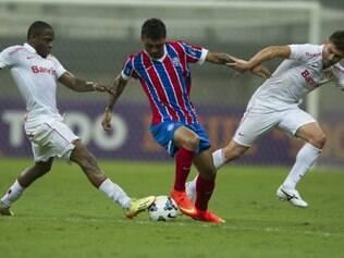 Bahia foi prejudicado pela falha do goleiro Marcelo Lomba no duelo duro contra o Inter