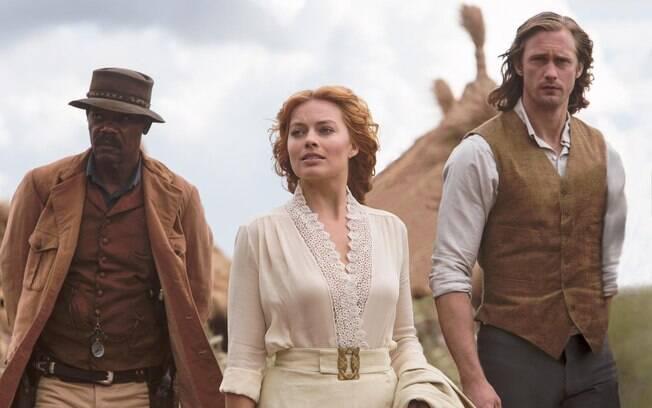 Samuel L. Jackson, Margot Robbie e Alexander Skarsgärd em cena do filme que estreia nesta quinta-feira (21) em mais de 800 salas no Brasil
