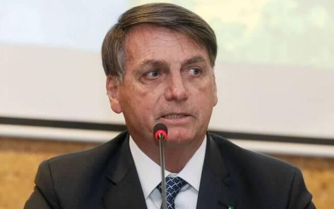 Jair Bolsonaro diz que escolas não deveriam ter fechado durante a pandemia de Covid-19