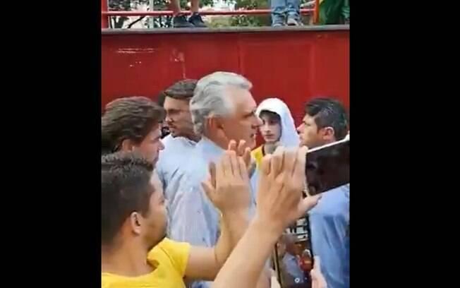 Governador, que é apoiador de Bolsonaro, foi vaiado após ser ovacionado em ato