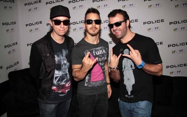 Junior Lima se apresentou ao lado de Amon Lima e Júlio Torres com a banda Dexterz, em São Paulo