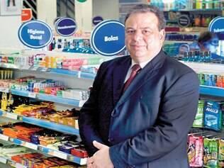 Incansável. O diretor-presidente da Araujo, Modesto de Araújo, conta que quando não vai à fazenda no fim de semana, vai às lojas