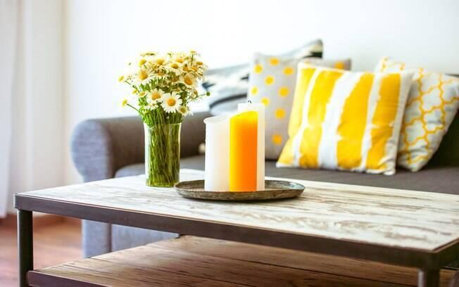 Para que a casa tenha mais energia positiva, uma das dicas é apostar nas flores; confira as outras alternativas