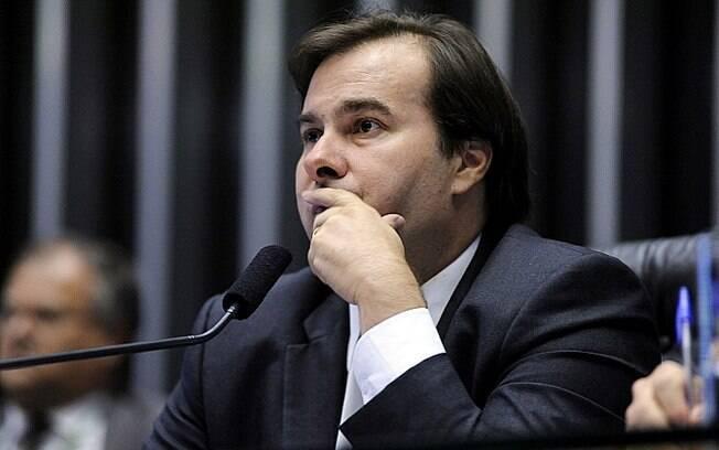 Presidente da Câmara, Rodrigo Maia afirmou que projeto de recuperação dos estados não deverá ser enviado hoje