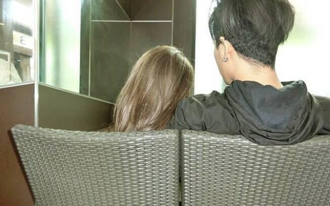 As fotos realmente convencem de que existe uma namorada