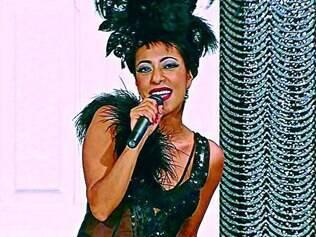 """Show. Samantha Schmütz dança, canta e sapateia no humorístico """"Não Tá Fácil pra Ninguém"""""""