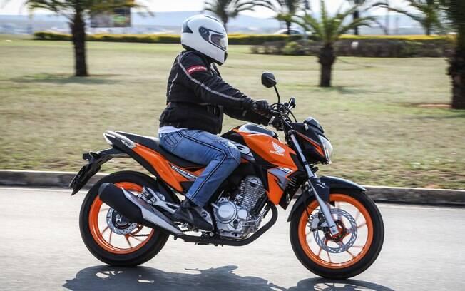 A cor laranja é exclusiva da Honda CB 250F Twister ABS
