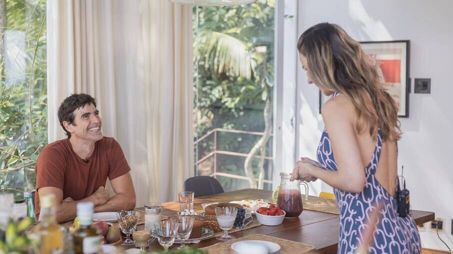 Reynaldo Gianecchini é recebido pela healthy chef Dani Faria Lima