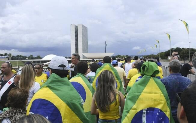 De acordo com o Datafolha, a maioria dos brasileiros e a diminuição dos direitos trabalhistas e contra a privatização de estatais