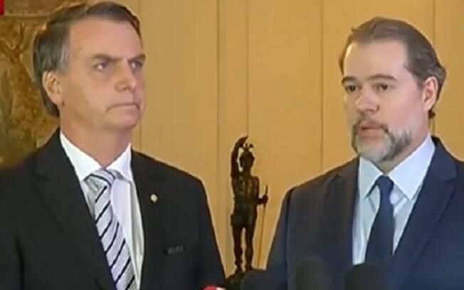 Em encontro na última quarta-feira, Bolsonaro e Toffoli se encontraram e presidente do STF tratou de tentar acalmar o presidente eleito oferecendo o fim do auxílio-moradia como alternativa para conter os gastos públicos