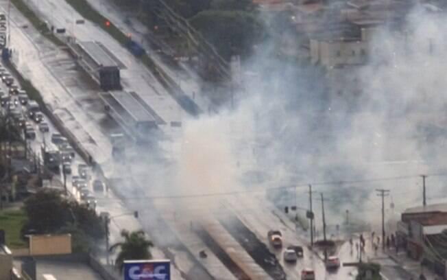 Torcedores de São Paulo e Santos entram em confronto em Campinas