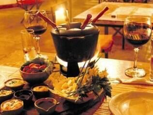 Fondue de vinho tinto do espaço gastronômico da pousada Estalagem do Mirante
