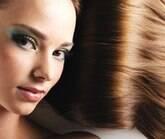 Especialistas ensinam como clarear ou escurecer o cabelo em casa