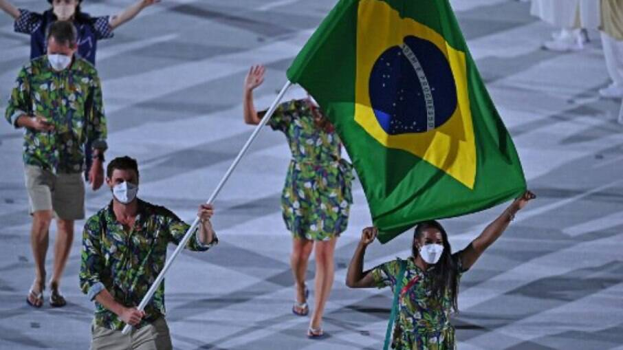Marca misturou pirarucu, fauna brasileira e cultura japonesa na estampa