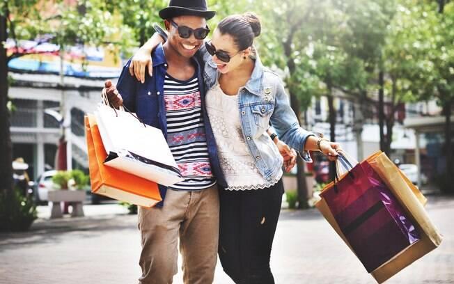 Taxas e impostos podem deixar as compras no exterior caras e, assim, fazer com que elas deixem de ser vantajosas