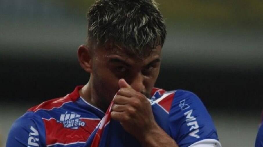 Ronald marcou um dos gols da vitória do Fortaleza sobre o São Paulo