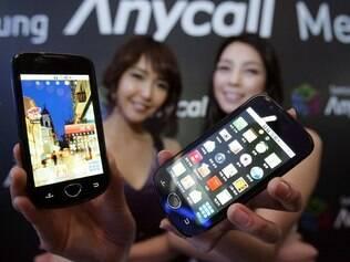 Smartphones com Android desafiam popularidade do iPhone