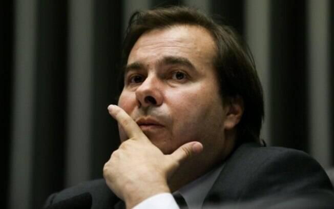 Deputado Rodrigo Maia (DEM-RJ) busca apoio do presidente eleito Jair Bolsonaro para conseguir reeleição na Presidência da Câmara
