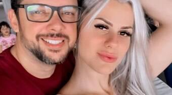 Affair de sertanejo cobrava para falar sobre sexo com o marido