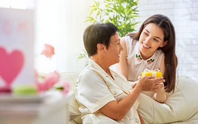 Na hora de escolher um presente de dia das mães, leve em consideração fatores como a personalidade e os gostos