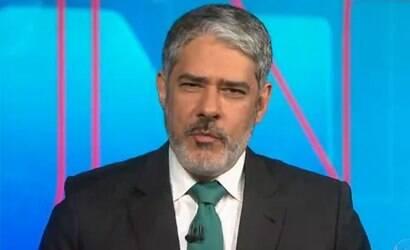 Bonner critica Bolsonaro por associar vacina da Covid a Aids