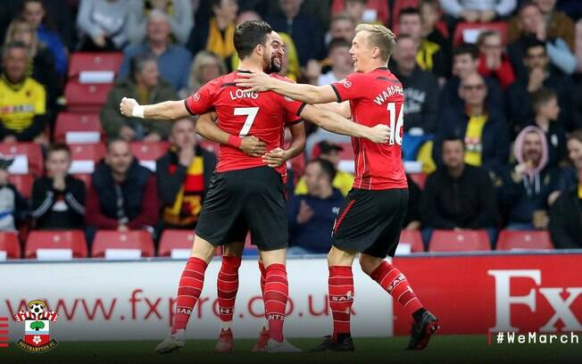 Shane Long, do Southamptom marcou o gol mais rápido da Premier League