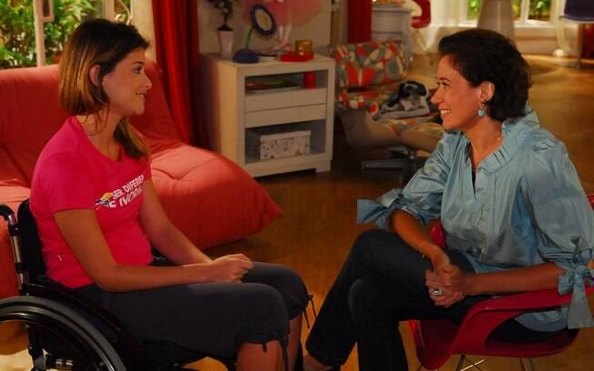 Tereza (Lília Cabral) e Luciana (Aline Moraes)