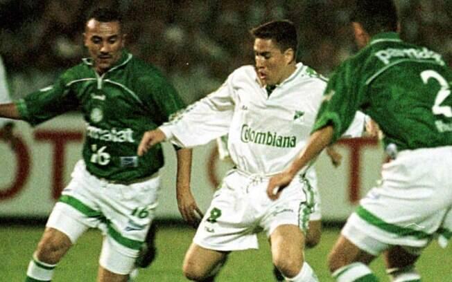 Deportivo Cali e Palmeiras se enfrentaram na final da Libertadores de 1999. O clube brasileiro foi campeão.