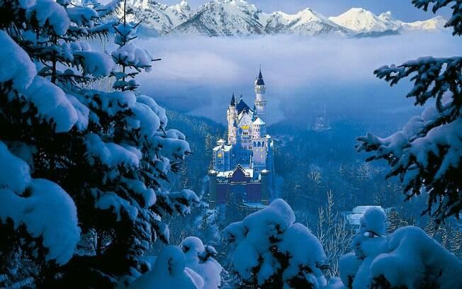 O castelo da Disney foi inspirado no Neuschwanstein, uma construção bávara da segunda metade do século XIX