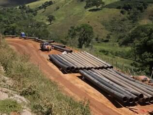 Fazenda Santa Cruz Areas, no distrito de Alvorada, sofre com a falta de água e com a obra que passa pela região. Foto: Mariela Guimarães
