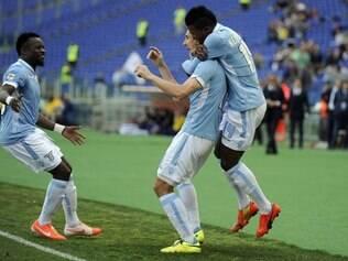 Lazio venceu por 3 a 2 com gol de Candreva aos 48 minutos do segundo tempo