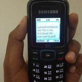 Internautas de alguns países da África poderão acessar mensagens de e-mail por meio de SMS