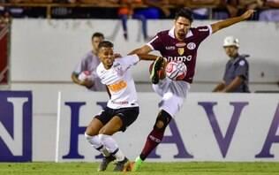 Gustagol marca no fim e Corinthians busca empate com Ferroviária no jogo de ida
