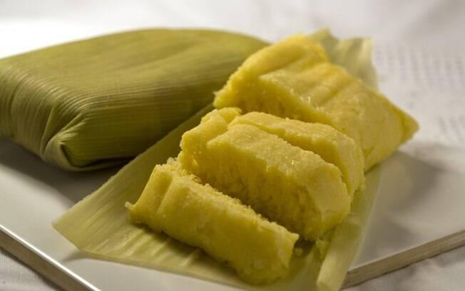 A pamonha é um dos pratos típicos de festa junina