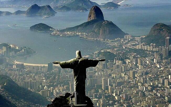 No Rio de Janeiro, governo estadual e federal discordam sobre quais serviços continuam funcionando