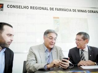 Prudente. Pimentel discutiu a judicialização da distribuição dos medicamentos em Minas no CRF-MG