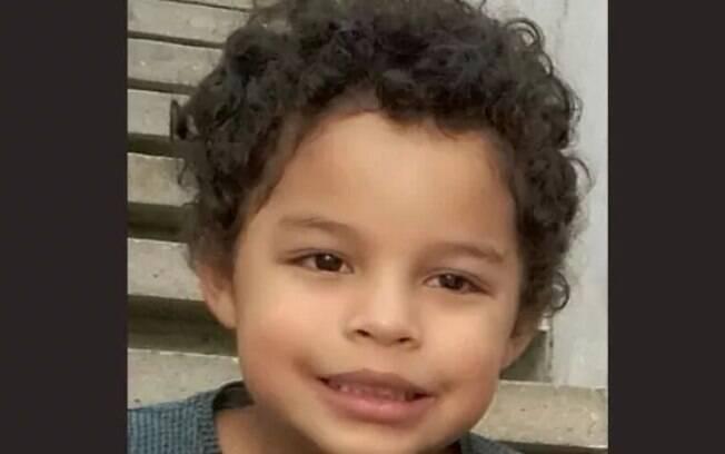 Menino de cinco anos morreu atingido por bala perdida na cabeça durante o réveillon, na zona sul de São Paulo