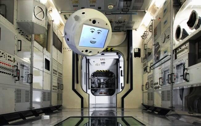 Cimon é um robô flutuante e falante, que fornecerá ajuda técnica, vigiando e alertando sobre problemas no sistema da ISS